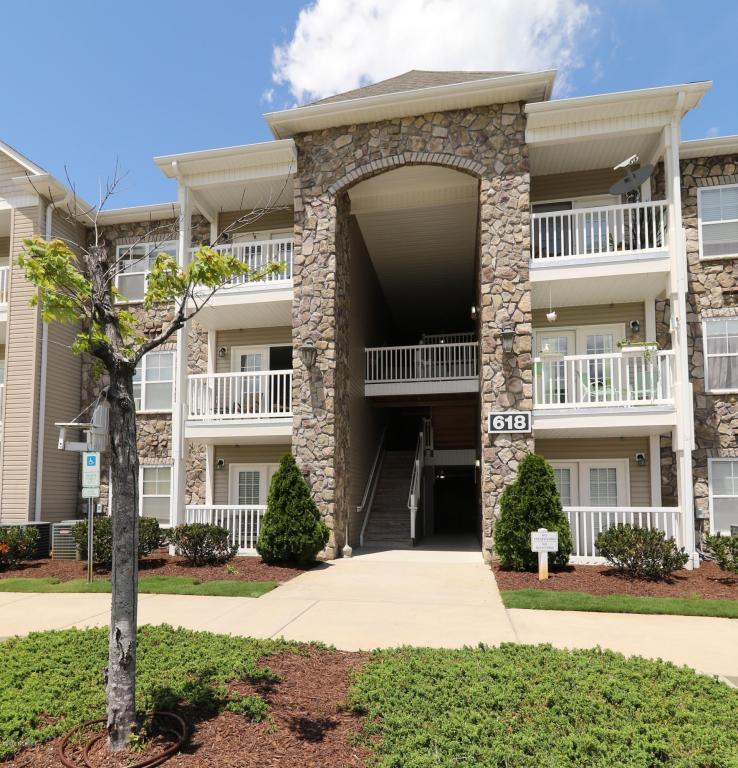 618 Condo Club Drive #210, Wilmington, NC 28412 (MLS #100030852) :: Century 21 Sweyer & Associates