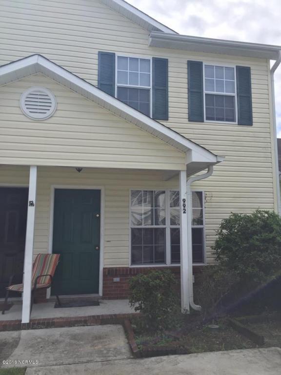 992 W Pueblo Drive, Jacksonville, NC 28546 (MLS #100030877) :: Century 21 Sweyer & Associates