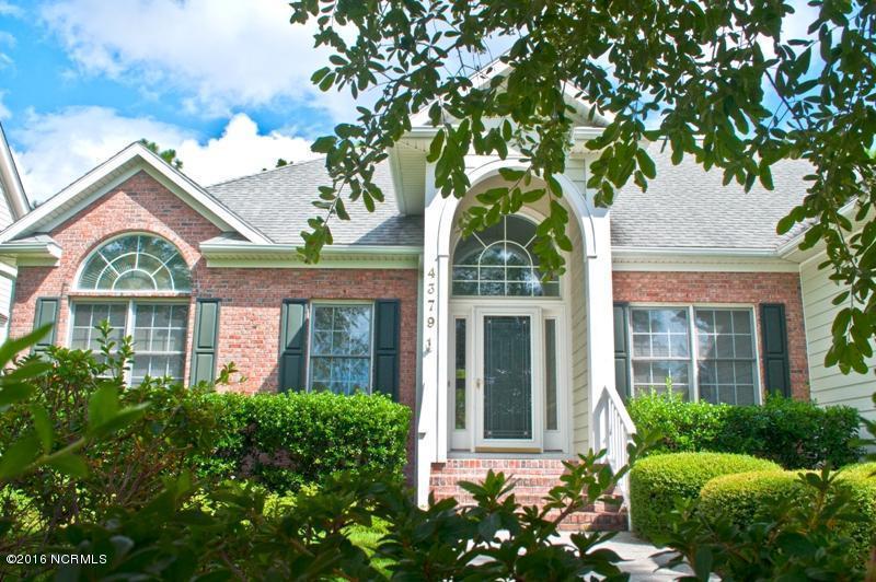 4379 Gauntlet Drive SE, Southport, NC 28461 (MLS #100030885) :: Century 21 Sweyer & Associates