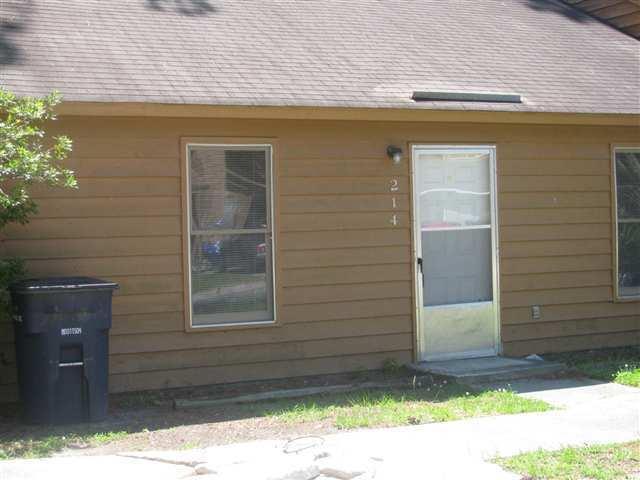 214 Village Drive, Jacksonville, NC 28546 (MLS #100030944) :: Century 21 Sweyer & Associates