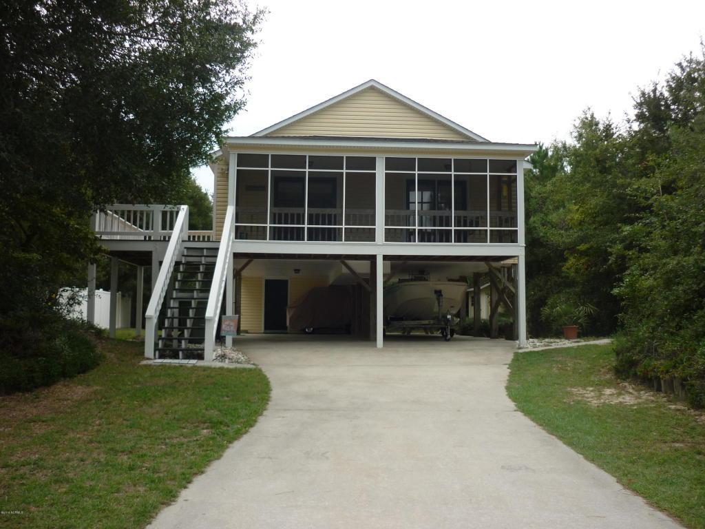 209 Stroud Street, Emerald Isle, NC 28594 (MLS #100031349) :: Century 21 Sweyer & Associates