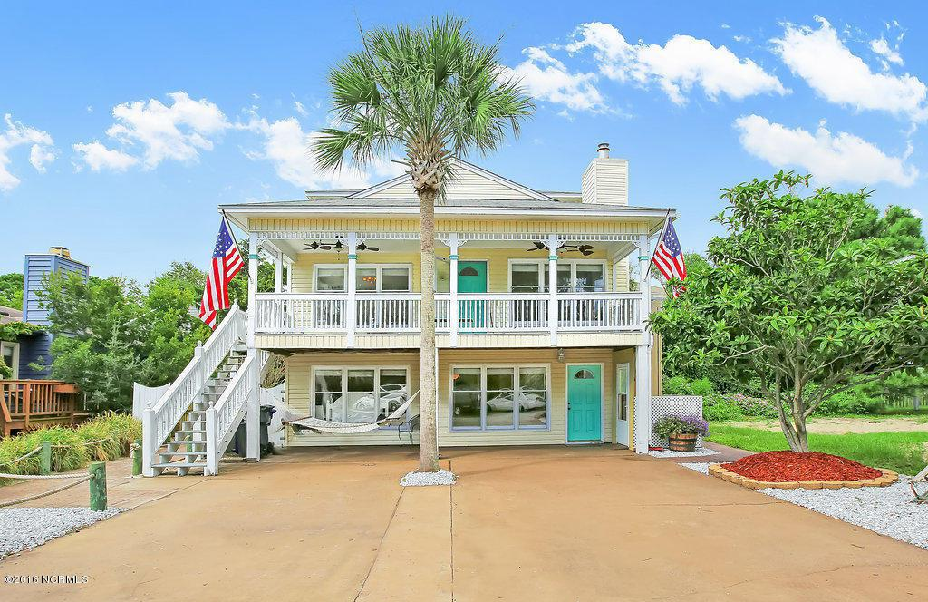 917 Riptide Lane, Carolina Beach, NC 28428 (MLS #100031416) :: Century 21 Sweyer & Associates