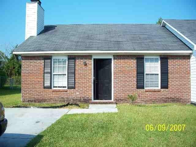 205 Live Oak Court, Midway Park, NC 28544 (MLS #100031566) :: Century 21 Sweyer & Associates