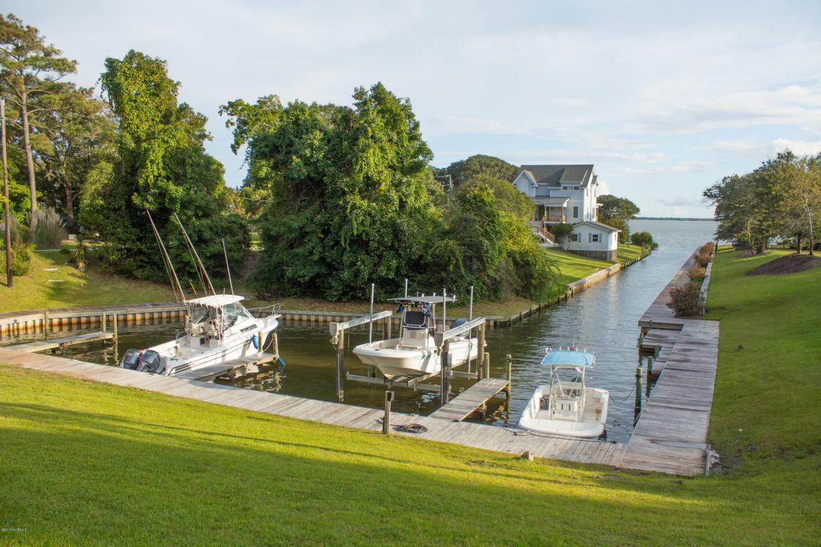 236 Sea Trace Lane, Newport, NC 28570 (MLS #100031639) :: Century 21 Sweyer & Associates