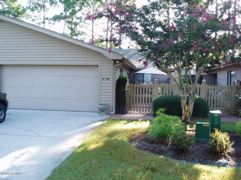 219 Inland Greens Circle, Wilmington, NC 28405 (MLS #100032112) :: Century 21 Sweyer & Associates