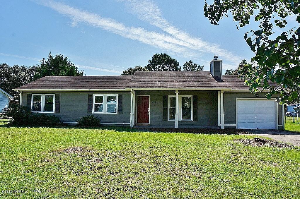 212 W Volant Street, Hubert, NC 28539 (MLS #100032144) :: Century 21 Sweyer & Associates