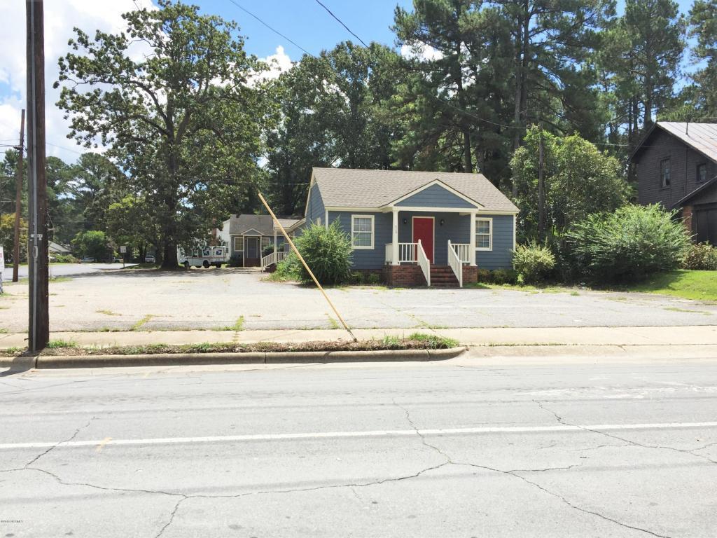 620 College St & 100 Wars Street, Clinton, NC 28328 (MLS #100032455) :: Century 21 Sweyer & Associates