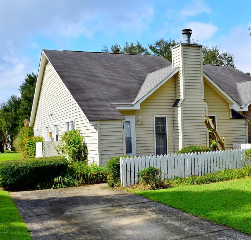 28 Mulberry Lane A, New Bern, NC 28562 (MLS #100032650) :: Century 21 Sweyer & Associates