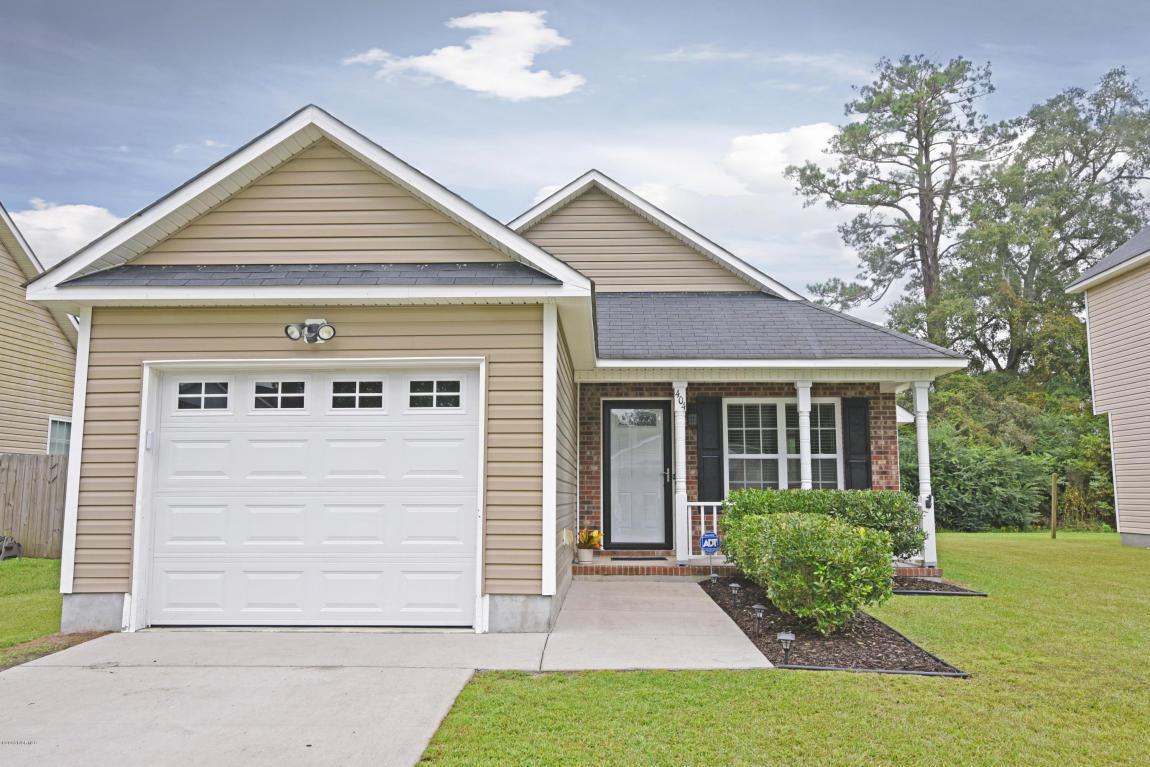 404 Mattocks Avenue, Maysville, NC 28555 (MLS #100032873) :: Century 21 Sweyer & Associates