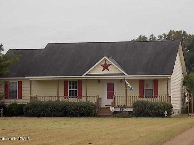 1388 Deppe Loop Road, Maysville, NC 28555 (MLS #100032880) :: Century 21 Sweyer & Associates