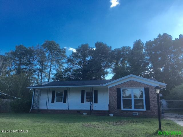 28 Berkshire Drive, Jacksonville, NC 28546 (MLS #100033038) :: Century 21 Sweyer & Associates