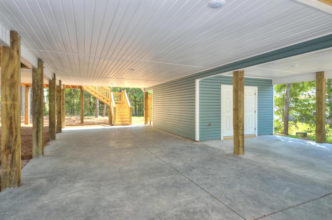 117 NE 4th Street, Oak Island, NC 28465 (MLS #100033410) :: Century 21 Sweyer & Associates