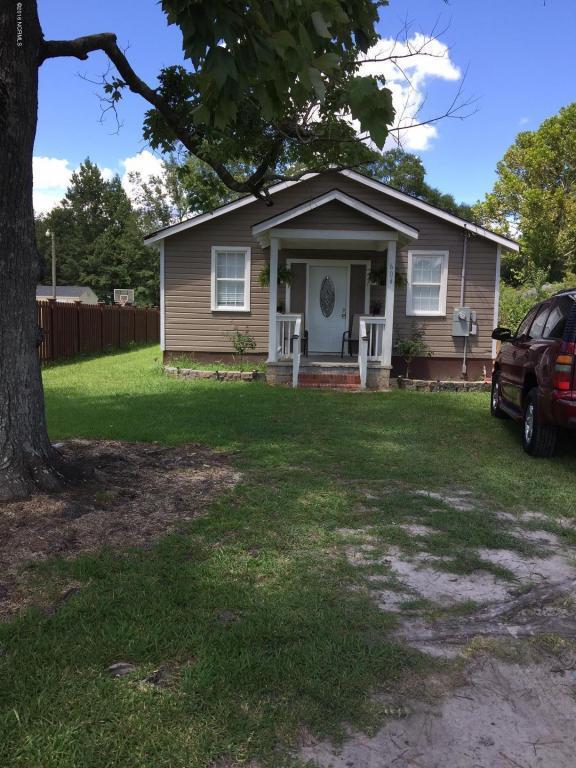 604 W Fremont Street, Burgaw, NC 28425 (MLS #100033519) :: Century 21 Sweyer & Associates
