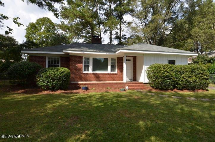 2403 Slay Drive, Greenville, NC 27858 (MLS #100033520) :: Century 21 Sweyer & Associates