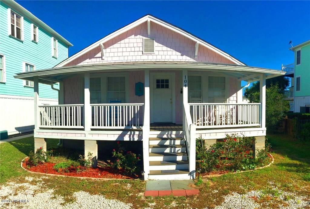 104 Dow Avenue, Carolina Beach, NC 28428 (MLS #100033831) :: Century 21 Sweyer & Associates