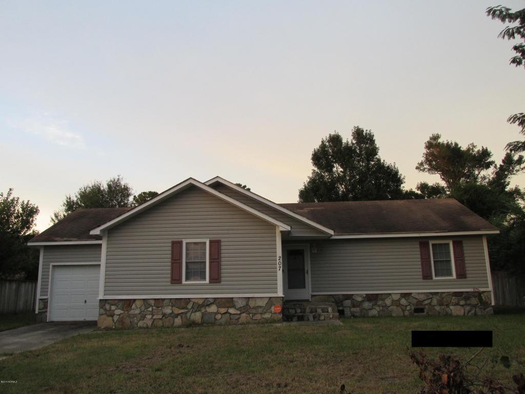 207 Pollard Drive, Jacksonville, NC 28540 (MLS #100033865) :: Century 21 Sweyer & Associates
