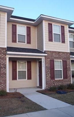 215 Glen Cannon Drive, Jacksonville, NC 28546 (MLS #100033869) :: Century 21 Sweyer & Associates