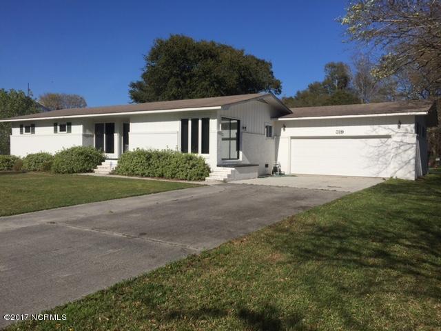 319 Holly Lane, Cape Carteret, NC 28584 (MLS #100042718) :: Century 21 Sweyer & Associates