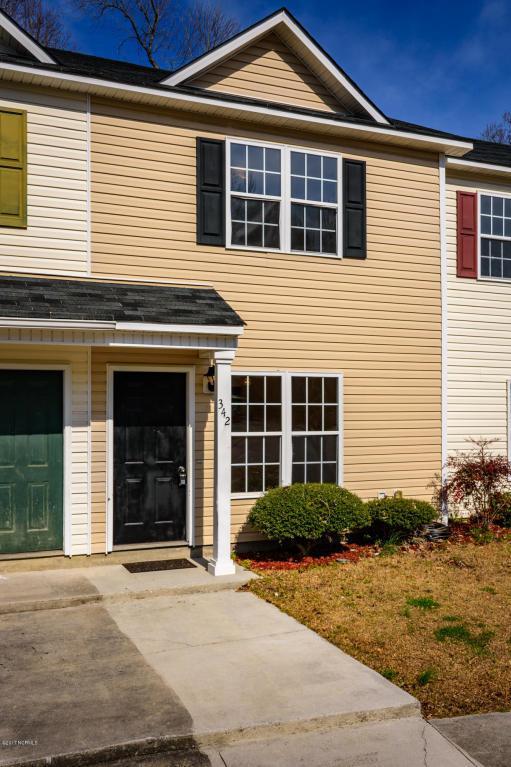 342 Bracken Place, Jacksonville, NC 28540 (MLS #100048613) :: Century 21 Sweyer & Associates
