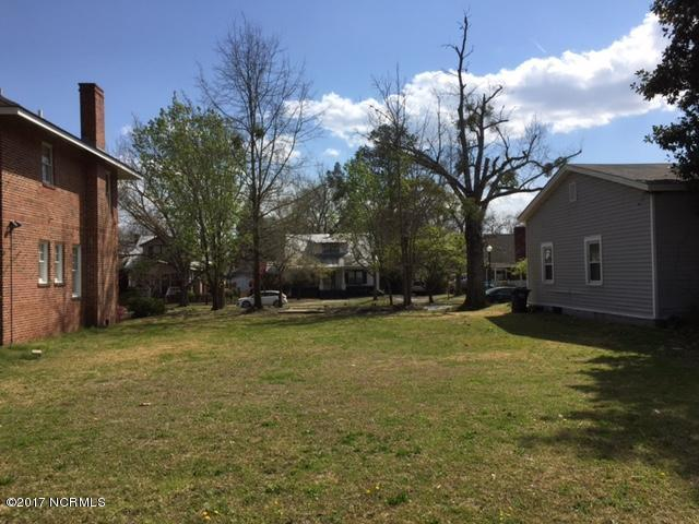 1704 Spencer Avenue, New Bern, NC 28560 (MLS #100052316) :: Century 21 Sweyer & Associates