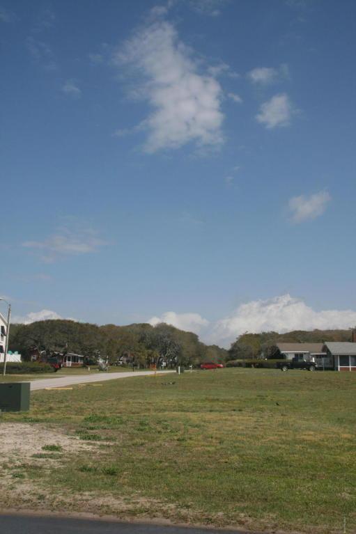 506 Ocean Drive, Oak Island, NC 28465 (MLS #100057045) :: Century 21 Sweyer & Associates