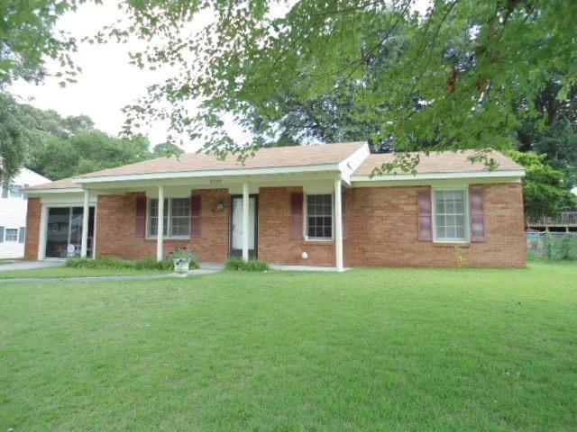 2708 Country Club Road, Jacksonville, NC 28546 (MLS #100060449) :: Century 21 Sweyer & Associates