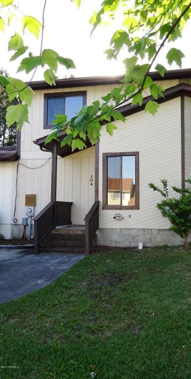 104 Brenda Drive, Jacksonville, NC 28546 (MLS #100062450) :: Century 21 Sweyer & Associates