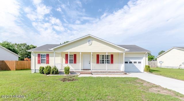 205 Redberry Drive, Richlands, NC 28574 (MLS #100065390) :: Century 21 Sweyer & Associates