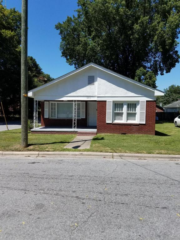 1310 Ward Street, Greenville, NC 27834 (MLS #100079676) :: Century 21 Sweyer & Associates