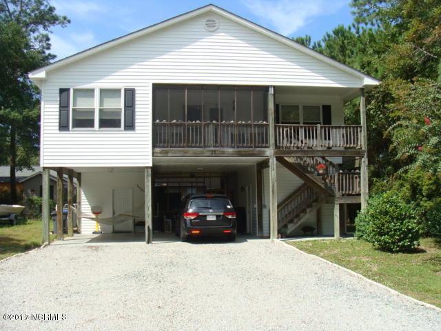 135 NW 16th Street, Oak Island, NC 28465 (MLS #100081859) :: Century 21 Sweyer & Associates