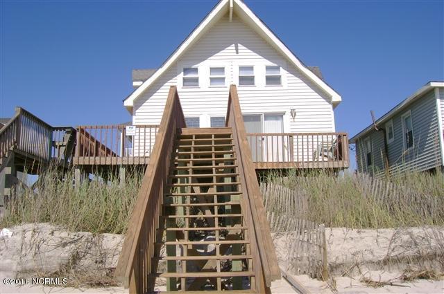200 Ernest, North Topsail Beach, NC 28460 (MLS #100082794) :: Century 21 Sweyer & Associates