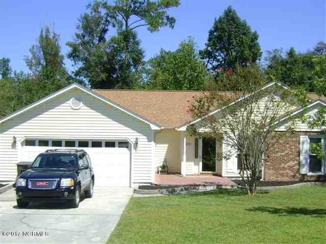 400 Smoke Tree Place, Midway Park, NC 28544 (MLS #100084149) :: Century 21 Sweyer & Associates