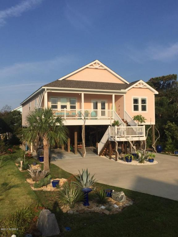 125 SE 76 Street, Oak Island, NC 28465 (MLS #100085781) :: Century 21 Sweyer & Associates