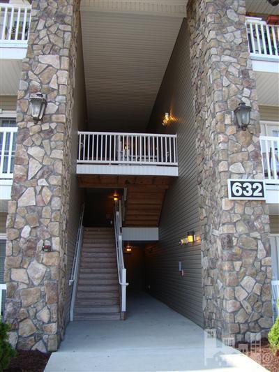 632 Condo Club Drive #102, Wilmington, NC 28412 (MLS #100088629) :: David Cummings Real Estate Team