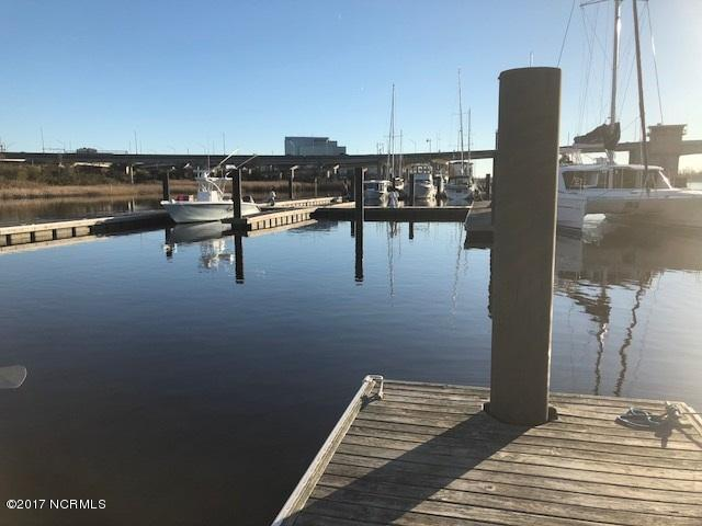 1701 Jel Wade Drive #8, Wilmington, NC 28401 (MLS #100091663) :: The Oceanaire Realty