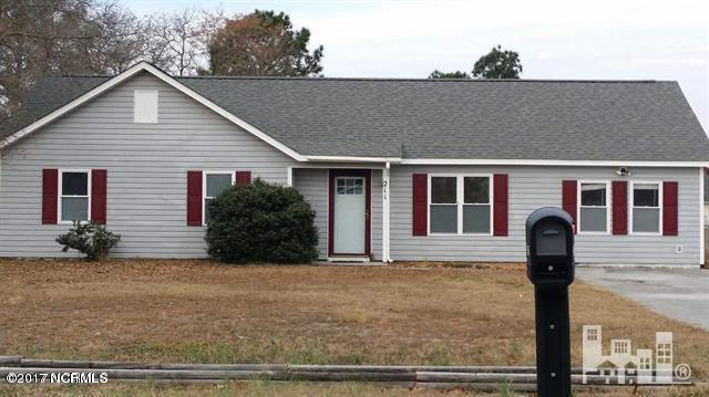 211 Foxtrace Lane, Hubert, NC 28539 (MLS #100091993) :: RE/MAX Essential
