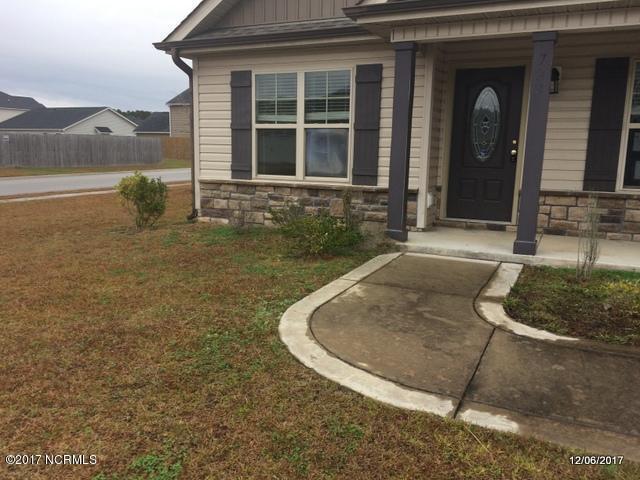 722 Radiant Drive, Jacksonville, NC 28546 (MLS #100092977) :: Terri Alphin Smith & Co.