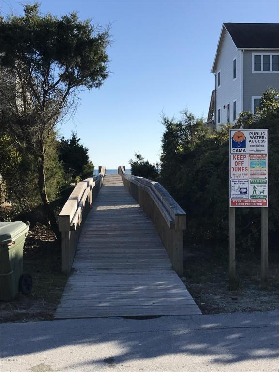 106 Nina Drive, Emerald Isle, NC 28594 (MLS #100093977) :: Century 21 Sweyer & Associates