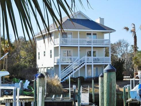 1003 Waterview Place, Carolina Beach, NC 28428 (MLS #100099375) :: Century 21 Sweyer & Associates