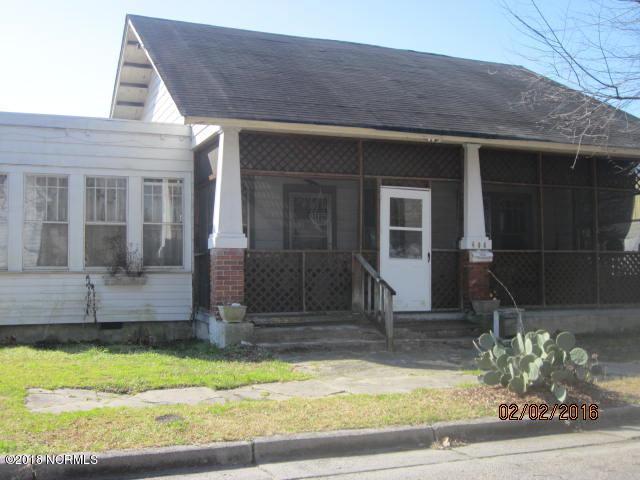 406 Academy Street E, Wilson, NC 27893 (MLS #100099638) :: The Keith Beatty Team