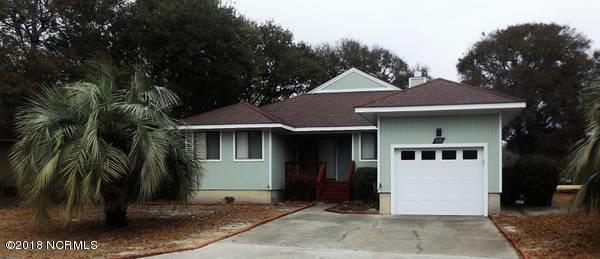 10 Greenview Drive, Oak Island, NC 28465 (MLS #100100910) :: Courtney Carter Homes