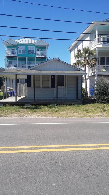 1216 S Lake Park Boulevard, Carolina Beach, NC 28428 (MLS #100103519) :: David Cummings Real Estate Team