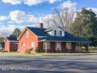 401 N Main Street, Salemburg, NC 28385 (MLS #100106087) :: Courtney Carter Homes