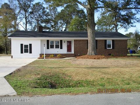 121 Colonial Drive, Clinton, NC 28328 (MLS #100106144) :: Courtney Carter Homes
