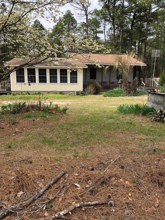 59 Pineview Drive, Elizabethtown, NC 28337 (MLS #100109753) :: Coldwell Banker Sea Coast Advantage