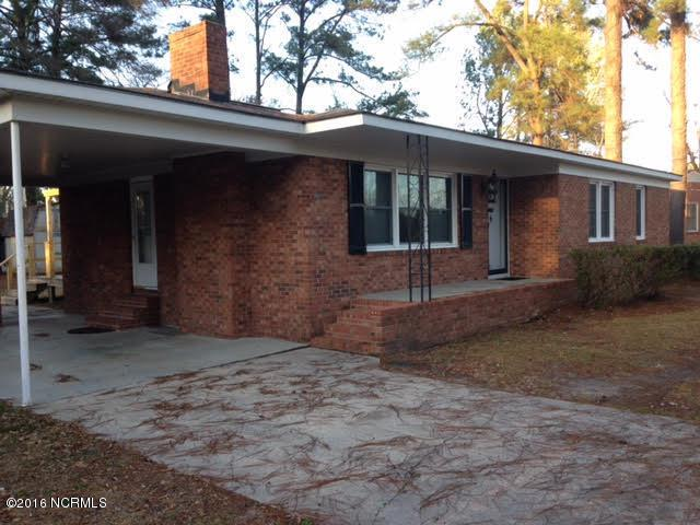 102 W Berkshire Road, Greenville, NC 27858 (MLS #100111334) :: The Pistol Tingen Team- Berkshire Hathaway HomeServices Prime Properties