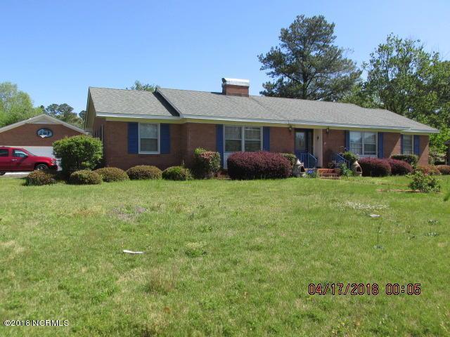 301 Roslyn Drive, Lumberton, NC 28358 (MLS #100111764) :: Donna & Team New Bern