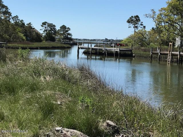 238 Straits Point Road, Beaufort, NC 28516 (MLS #100112294) :: RE/MAX Essential