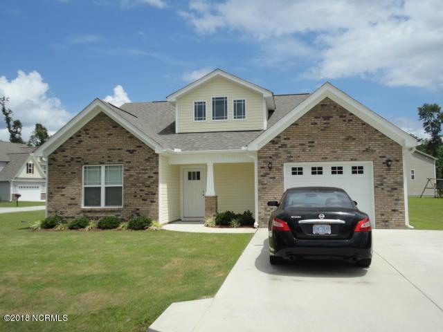 320 Hawks Bluff Drive, New Bern, NC 28560 (MLS #100112420) :: Century 21 Sweyer & Associates