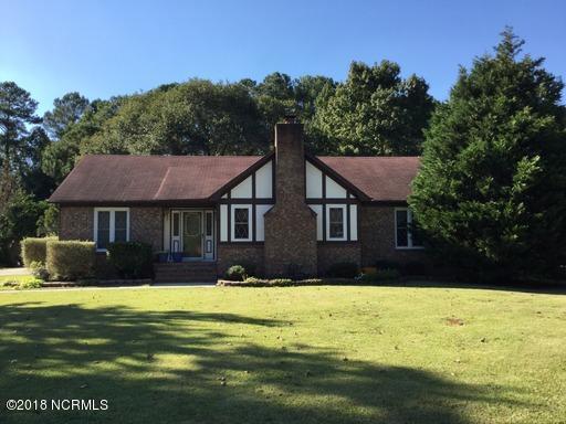 104 Columbia Drive, Jacksonville, NC 28546 (MLS #100116147) :: David Cummings Real Estate Team